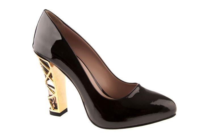 Kadın ayakkabı modellerinde son indirim! Fırsatları kaçırmayın ;) https://www.ayakkabidunyasi.com.tr/kadin/OrtaKategori/AltKategori/Marka/2617/19