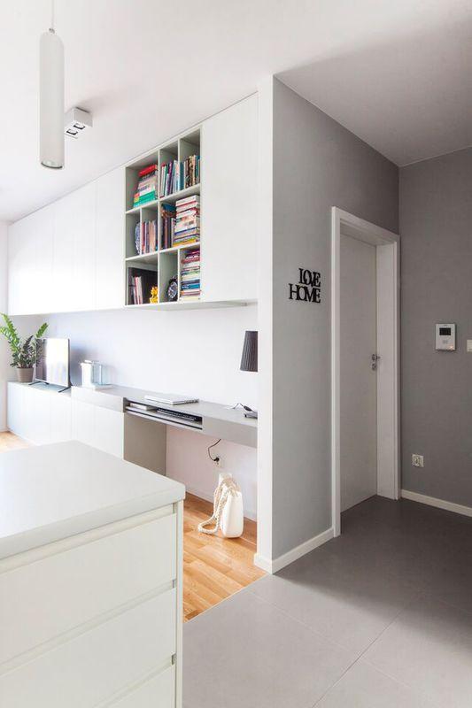 Biało-szary przedpokój / White&grey hall idea.