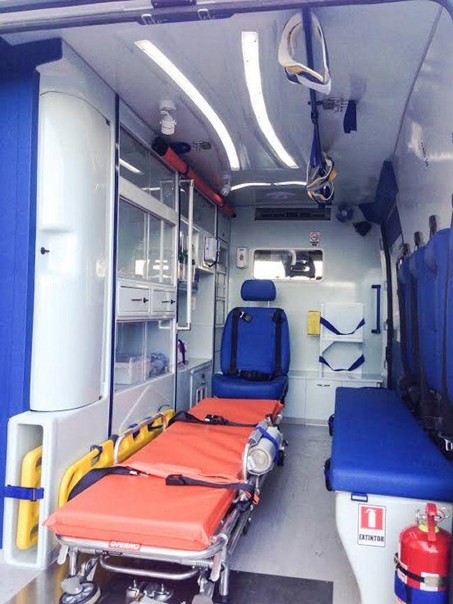 Chile desarrolló primera ambulancia en el mundo con nanopartículas de cobre http://www.revistatecnicosmineros.com/noticias/chile-desarrollo-primera-ambulancia-en-el-mundo-con-nanoparticulas-de-cobre