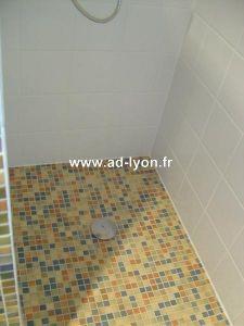 Salle de bains : une douche à l'italienne pour plus de modernité