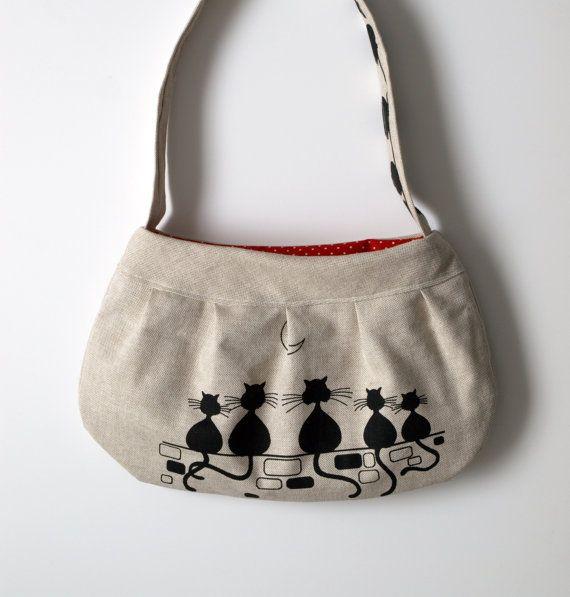 cat bag polka dot design  cat handbag for cat by Luciadesign, €46.60