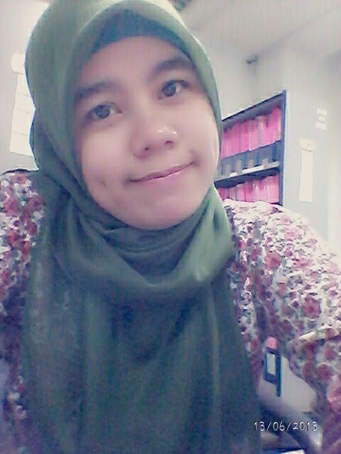 Me.. #smile #hijab #green