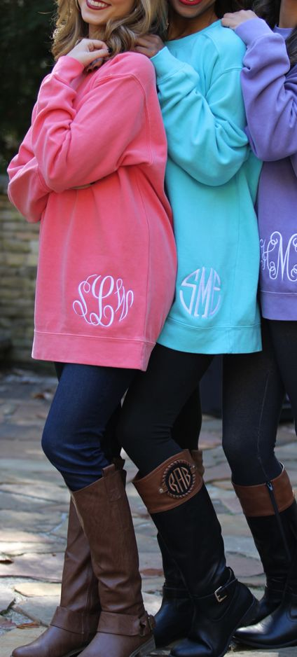 Monogrammed Comfort Colors Sweatshirts - perfect with leggings, pajamas, jeans and pretty much any outfit! #outfitgoals
