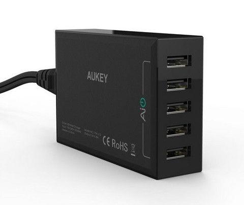 Aukey 54W / 8A 5 Ports USB Desktop Charging Station Wall Charger for iPhone 6S/6S Plus and other USB Powered Mobile Devices