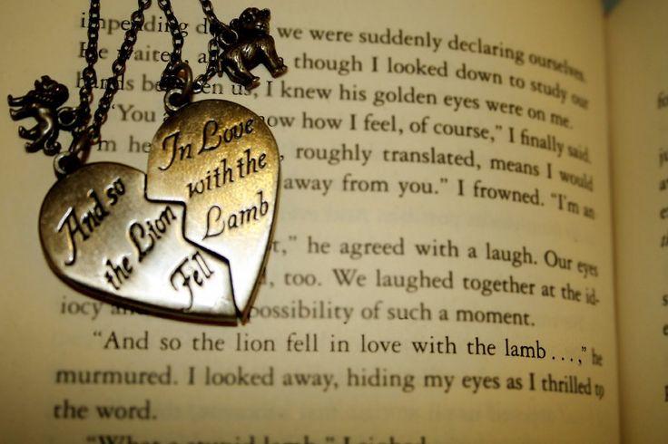 Сердце любовь романтика ювелирные изделия сердце ткань искусства шелка плакат на стену и печатает