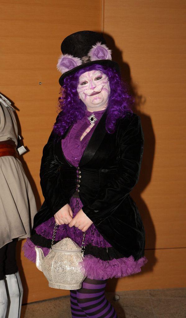 Alice im Wunderland Grinsekatze Kostüm selber machen | Kostüm Idee zu Karneval, Halloween & Fasching 2