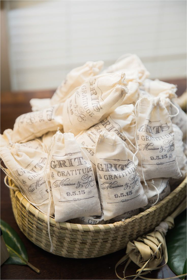 Customized bags of grits as a wedding favor. So perfect for a southern wedding! Photo by Hannah Woodard // www.hannahwoodardphotography.com
