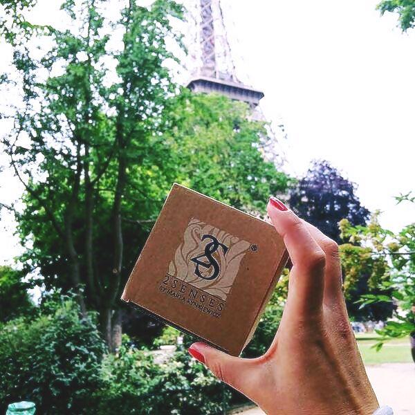#2senses pod #eiffeltower Wieża Eiffla i nasza świeca, czego można chcieć więcej? :)