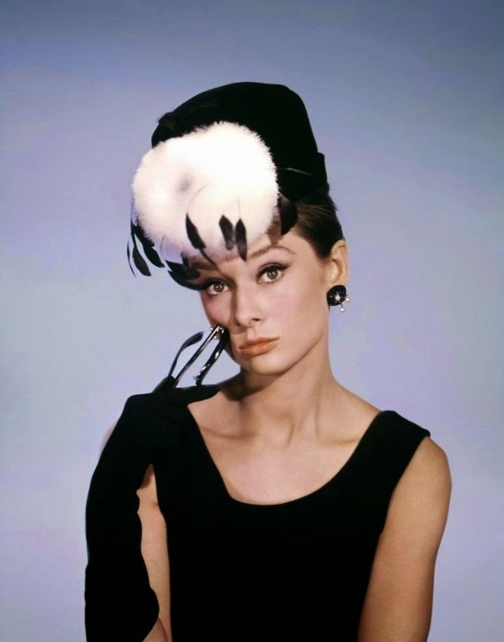 """vintage everyday: Rare Studio Photo Shoots of Audrey Hepburn for the Publicity of """"Breakfast at Tiffany's"""""""