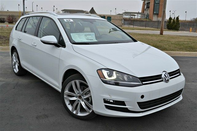 #Radio #stopped #working on a 2011 #Sportwagen #Jetta? Check out this #manual #review from The MK @ #letsdoitmanual     http://letsdoitmanual.com/2011-sportwagen-jetta-2005-2011-sportwagen-jetta-repair-manuals