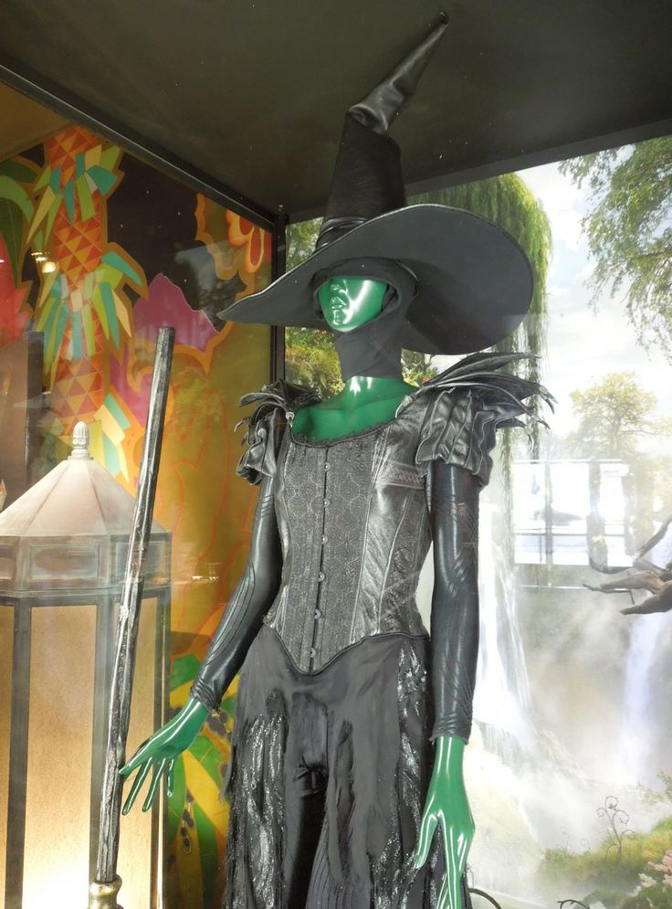 Theodora Wicked Witch costume Oz The Great and Powerful