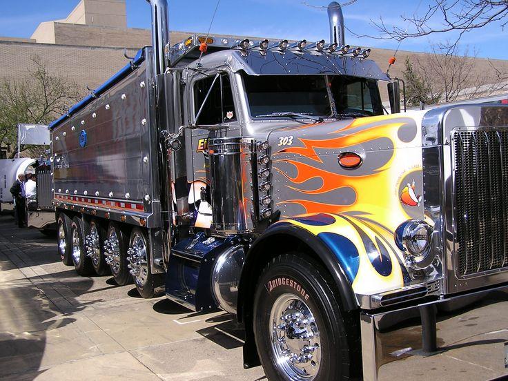 Big Rig Trucks   Mid-America Truck Show (Dump Truck)