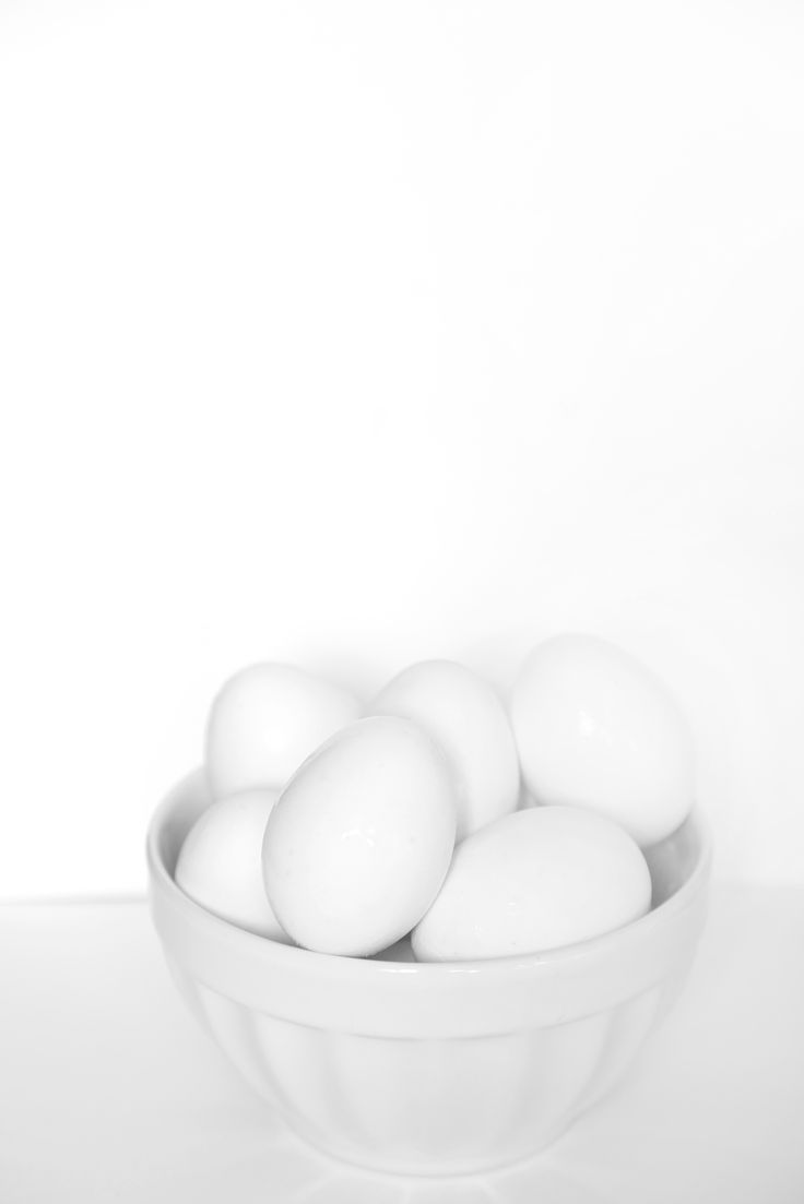 white on white - still life whit white eggs inspired by Felice Casorati's art
