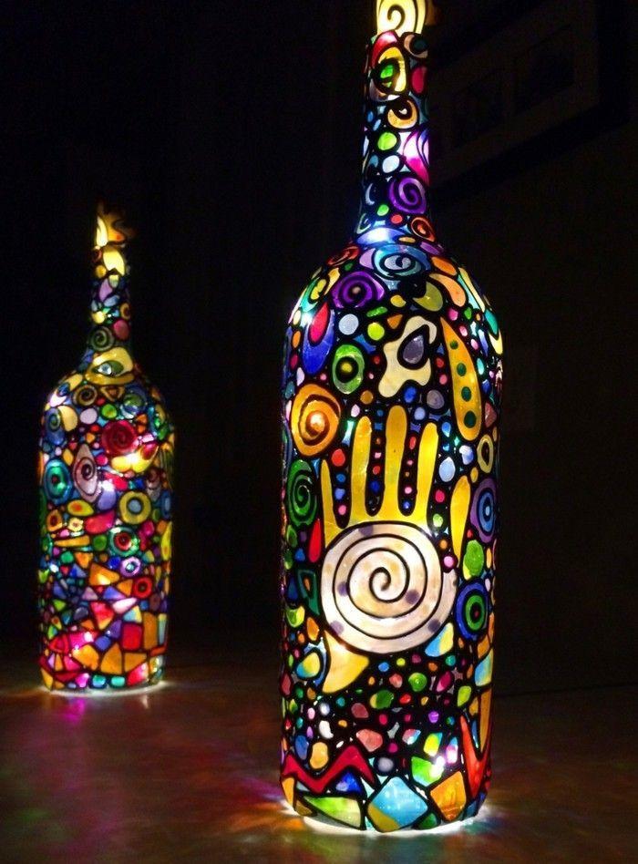 Idee Bricolage Pour Enfant Ou Peindre Bouteilles En Verre Et Fabriquer Une Lampe Pa Fabriquer Une Lampe Conceptions De Peinture Sur Verre Peinture De Bouteille