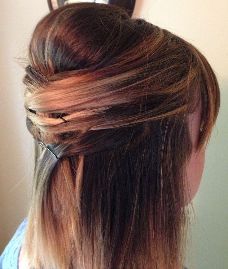 Half-up style for medium length hair. Ombré. | @hair_by_laurasteiner