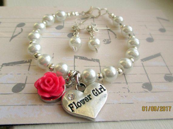 Little girls pearl bracelet-Flower girl by StoryBookEarrings