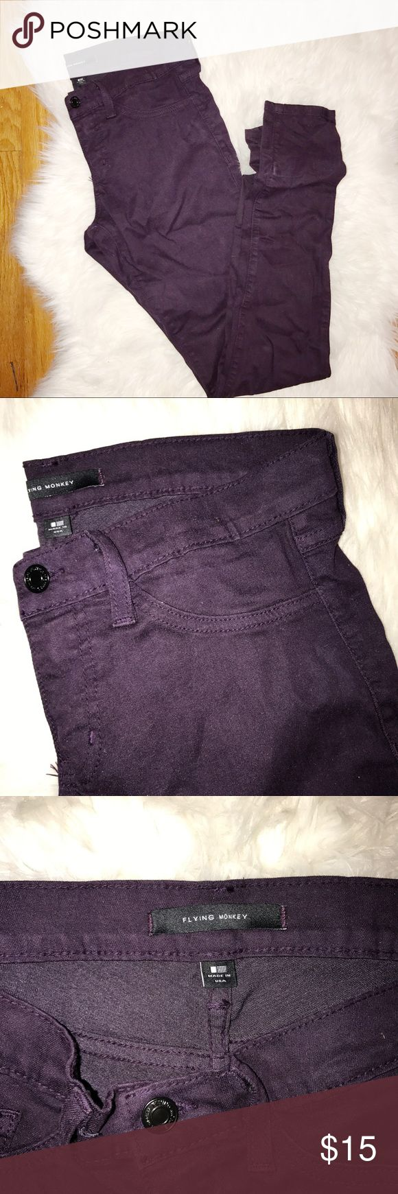 """Flying Monkey Skinny Jeans Flying monkey skinny jeans bought from buckle. Size 28. Inseam 31"""". There are marks near the bottom of the pant leg due to me being super short and needing to roll up the bottom. They do have a stretch go them. Bought for k-state game days but never ended up wearing them! Buckle Jeans Skinny"""