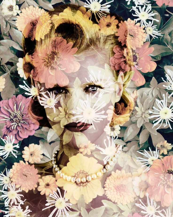 -Valérie Belin-  'Chrysanthemun'  (Tokyo. 2010)