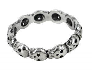 11 skull eternity ring in sterling silver - $214