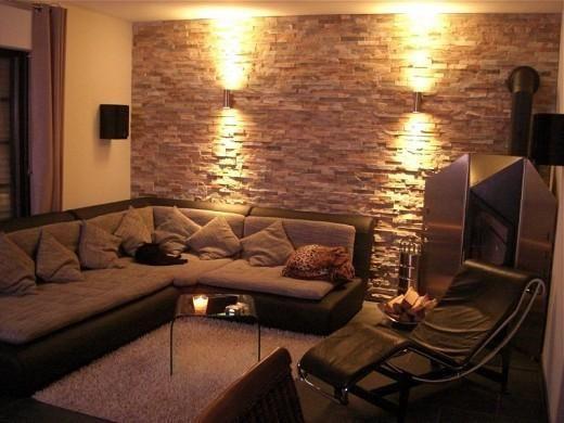 Una pared con revestimiento en piedra es un signo de elegancia y originalidad en el diseño y decoración de interiores. Las piedras natura...