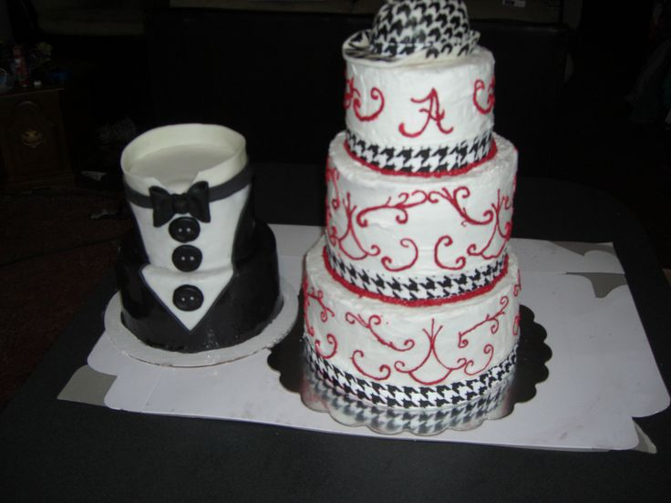 Alabama Crimson Tide Wedding Cake And Tuxedo Grooms