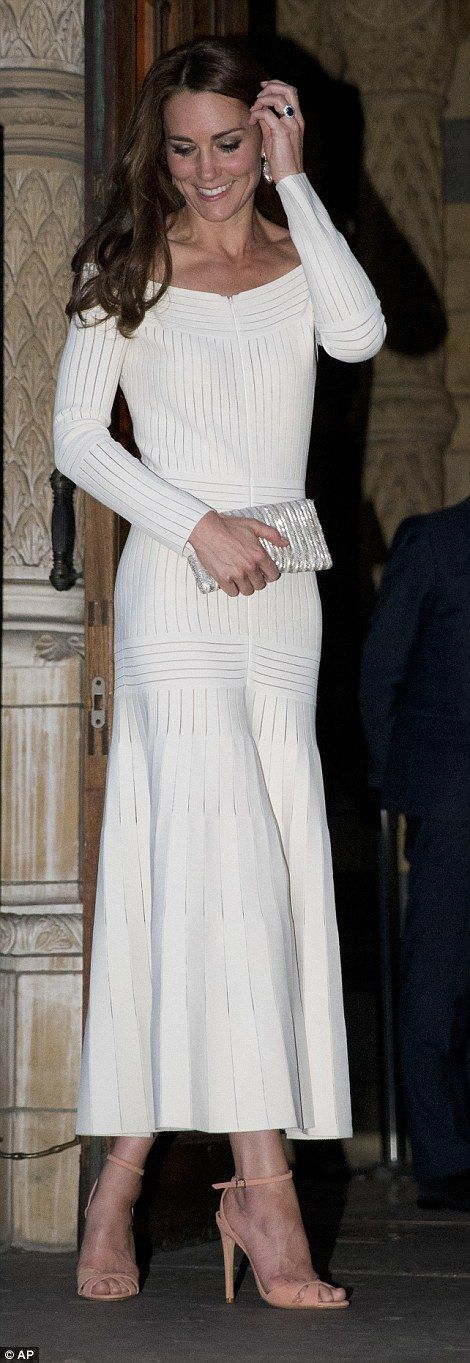 Kate is known for her love of art and photography leaves after the lavish dinner and award ceremony: