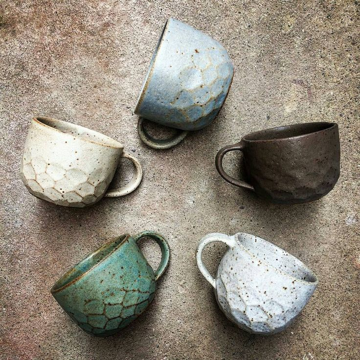 "@love_ceramic on Instagram: ""@Regrann from @sophiejanemoran -  It's taken me 1000 posts to get my timing right but by George I…"""