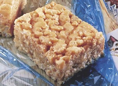 Obtenez cette délicieuse Recette de Friandises croustillantes au beurre d'arachides et partagez-la avec votre famille et vos amis de Cuisine HERSHEYS.ca!
