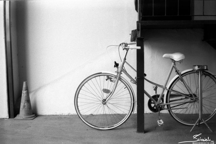 I have developed a couple of pending films. Shot in Kraków with Smena 8M on Agfa APX 100 pushed to ISO 800. Bicycle of course.
