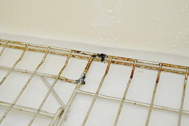 La manera más fácil de limpiar Horno Bastidores | eHow