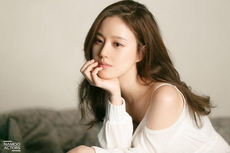 Moon Chae Yeon's Self-Proclaimed 'Boyfriend' Sentenced to Prison | Koogle TV