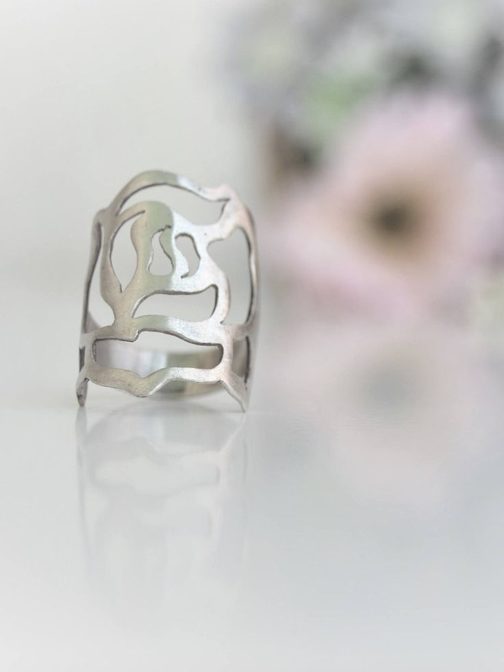 Quiero compartir lo último que he añadido a mi tienda de #etsy: Sterling silver Rose ring Flower of live Flower girl gift Anniversary gift Flower ring Wedding gift Wife gift Bohemian ring Boho jewelry https://etsy.me/2GGqMuT #joyeria #anillo #plata #no #mujer #si #flor
