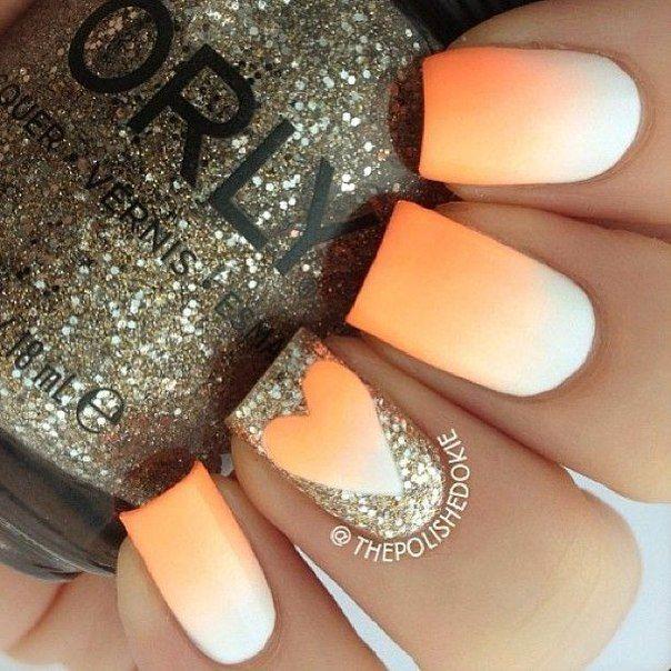 """Свадебный маникюр """"градиент"""" с рисунком сердца; маникюр для невесты; градиент от оранжевого к белому; маникюр с блестками; дизайн ногтей; wedding gradient manicure; brides manicure; brides nails; manicure with with sparkles; nails art."""