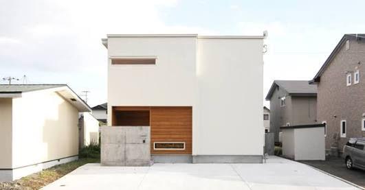 白い家 - Google 検索