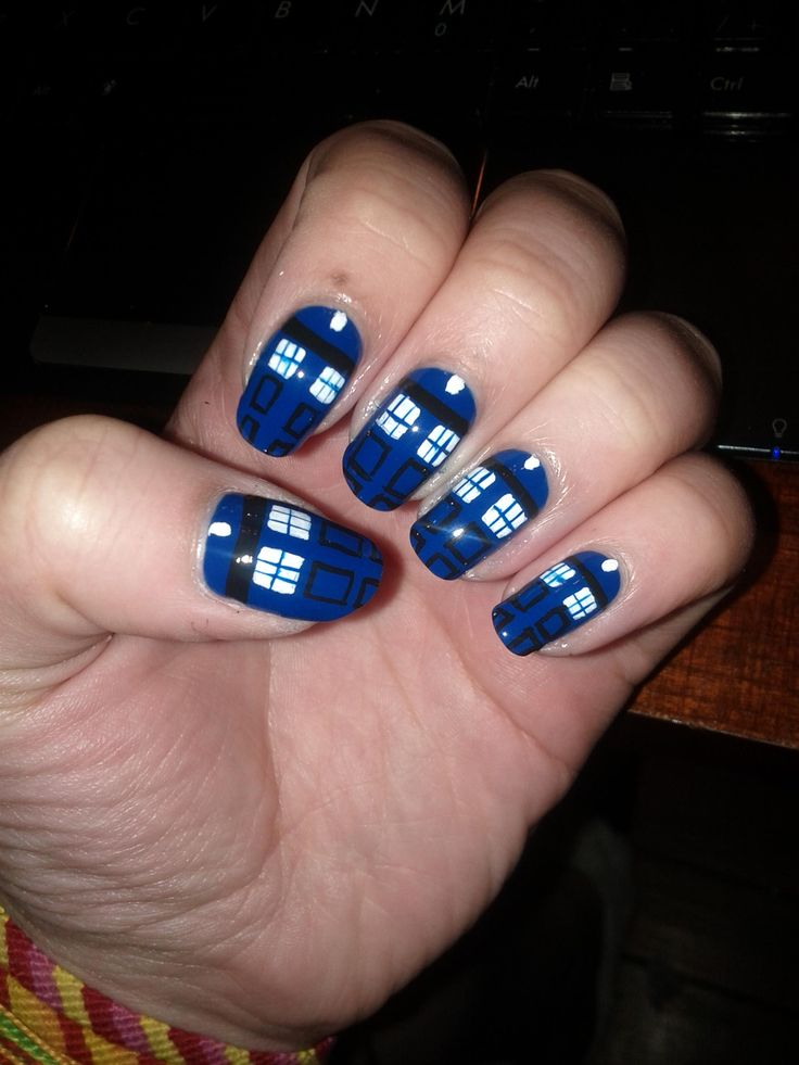 Tardis nails!!!! the fan girl in me must have them so cute. Casey and Breanna this is for you.