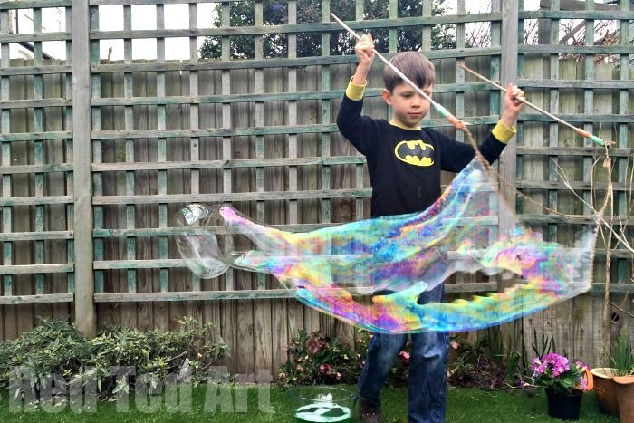 How to make a Giant Bubble Wand - here are two methods for DIY Giant Bubble Wands. Fabulous for playing outdoors, garden parties and street parties. These can keep my kids busy all summer!!