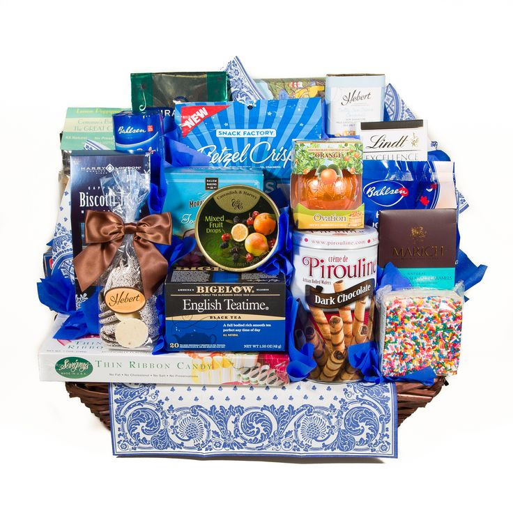 No Need to have the Holiday Blues! This basket lifts the spirits with a fun blue themed collection of snacks!  bountiful and terrific!  @davesmarketri #holidayblues #greatimpressions #buylocal #handmade