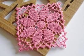 Resultado de imagen para tapetes tejidos a crochet con colores navideños
