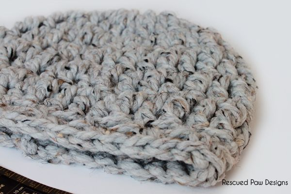 The Fiona beanie is perfect for beginners and uses only basic crochet stitches. I love simple designs like this because I can make it fast and move on to the next project on my list!  I used Lion Brand Wool – Ease Thick & Quick in Grey Marble. If you have never worked with this …