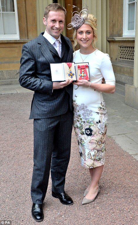 Laura and Jason Kenny are honoured at Buckingham Palace   Daily Mail Online