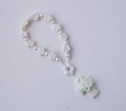 Mini flower  Rosary Mini flower prayer beads by CreacionesDeElena, $3.50