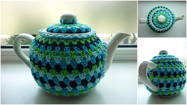 crochet tea cozy.... now this is serious - separate 'cosy' for the lid and note the buttons at the handle!