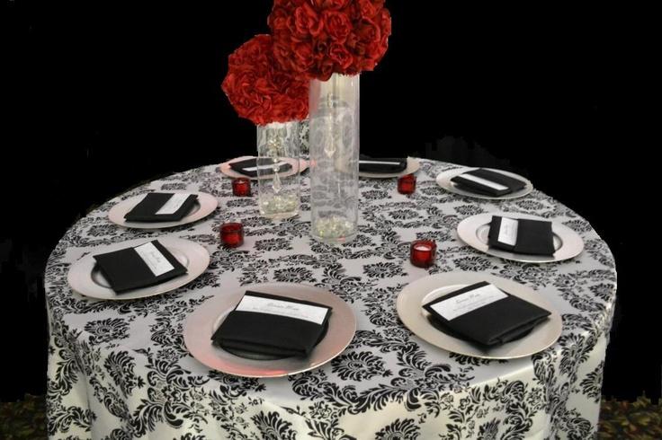 Black & White Damask Tablecloth: White Damask