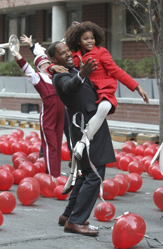 """Jamie Foxx and Quvenzhane Wallis join in the big song and dance number for the filming of """"Annie."""""""