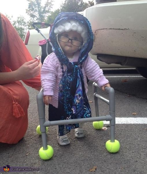 Kensey: My daughter Aubree is dresting up as an old granny. We call her Granny G! I thought of her dressing as an old granny so I stacted researching and found...