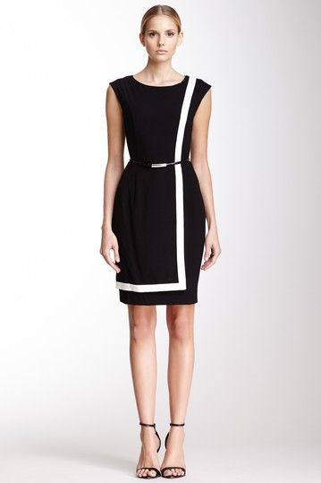 Sleeveless Contrast Trim Dress