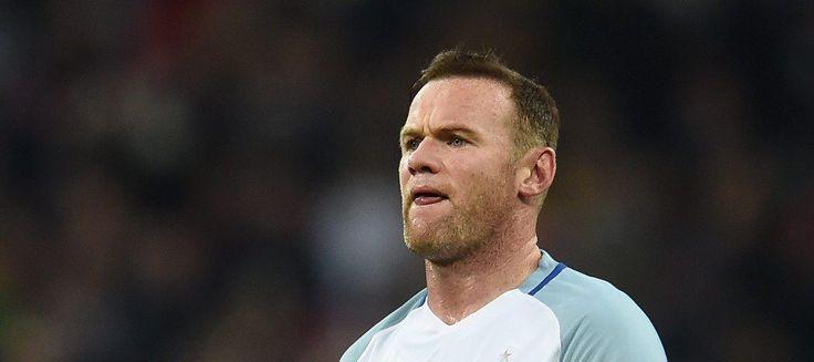 Rooney pide perdón por emborracharse en boda ajena