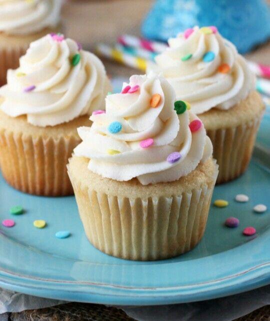 """I love cupcakes!"""