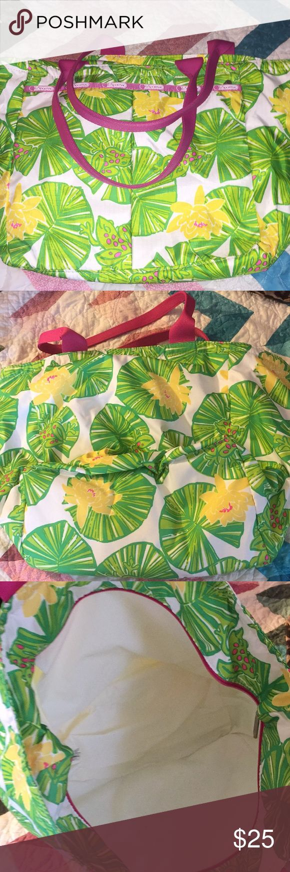 LeSportsSac insulated bag Never used LeSportsSac brightly patterned insulated bag, great for the beach Lesportsac Bags Travel Bags