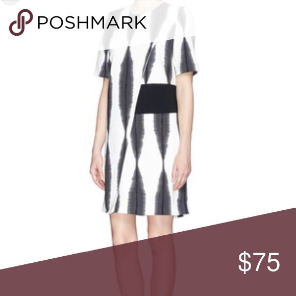 Whistles Black and White Print Dress Black and white dress perfect for work or a night out! Short sleeve and mini length. Whistles Dresses Mini